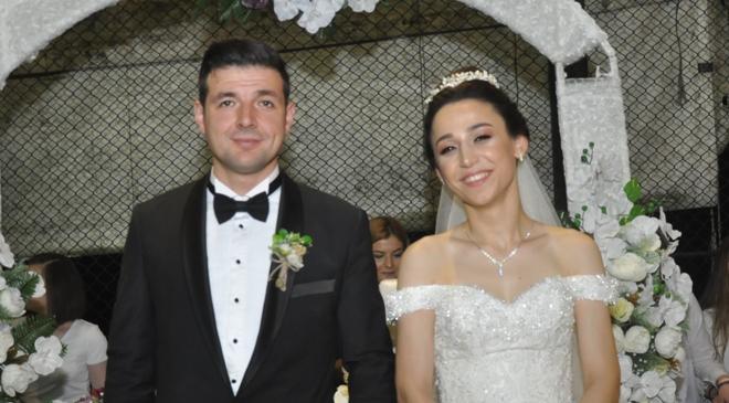 Elvan Hancı ile Muhammet Aksoy dünya evine girdi