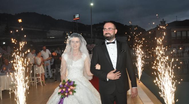 Bülent Ataman'ın kardeşi Dr. Zihni Ataman Merve Topal ile evlendi