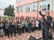 Beşikdüzü Öğretmen Okulu'nun 80'inci yıldönümü kutlandı