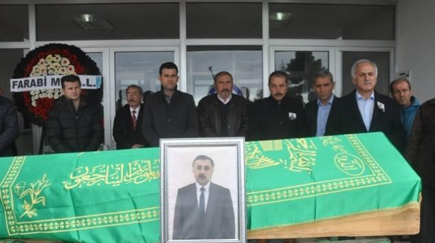 Öğretmen Ramazan Yılmaz dualarla ebediyete uğurlandı