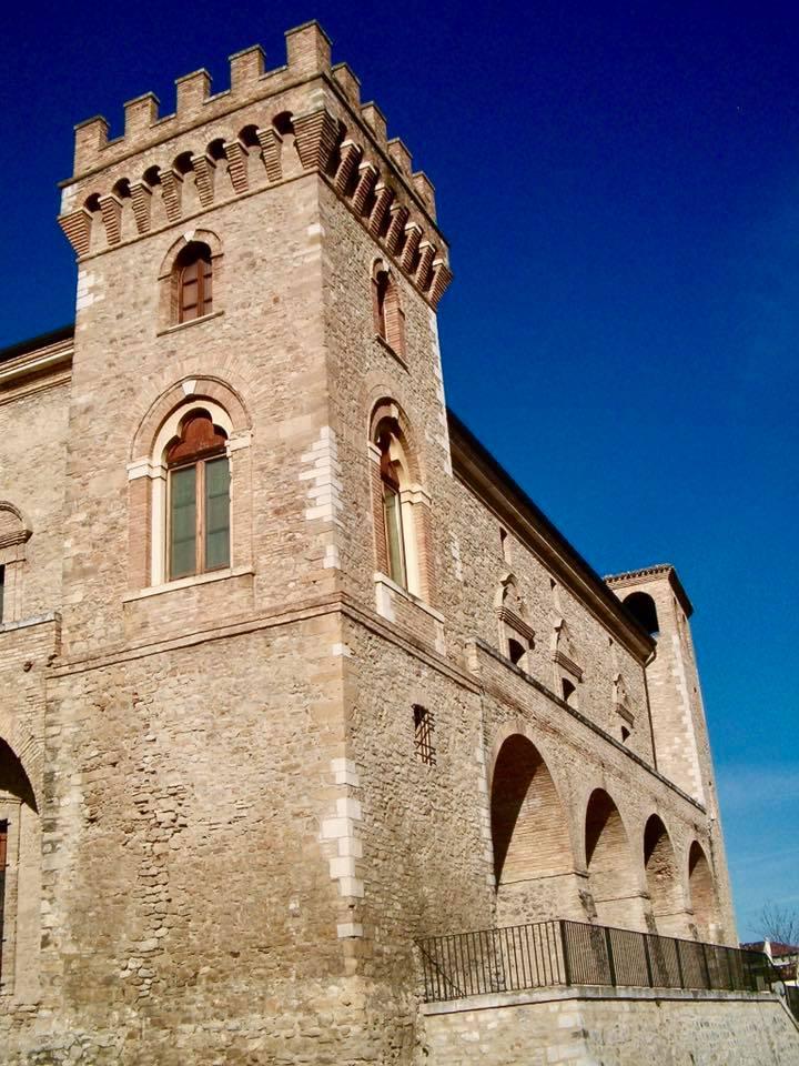 Il Castello Ducale di Crecchio  YesAbruzzo