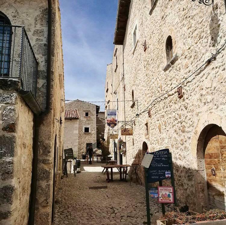 Castello di Rocca Calascio  YesAbruzzo