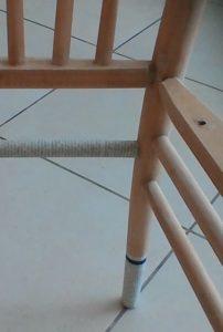 שיפוץ, חידוש ועיצוב של כסא: ציפוי התומכה האחורית שהיתה שבורה והודבקה