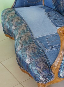 הספה שלי - פרט חיבור מכוסה בדאבל פיפינג