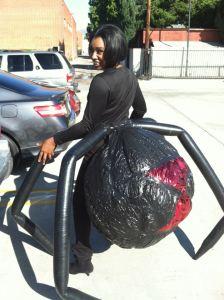 יש מיש עכביש 2 השראה.