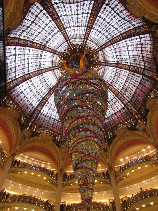 Yesihaveablog | 24 hours in Paris | Galleries Lafayette at Christmas time | Christmas in Paris | Winterlust