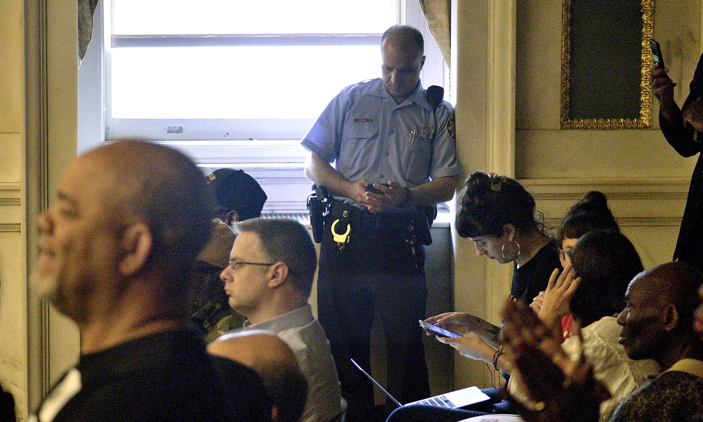 police-social-media-database-plain-view-project.jpg