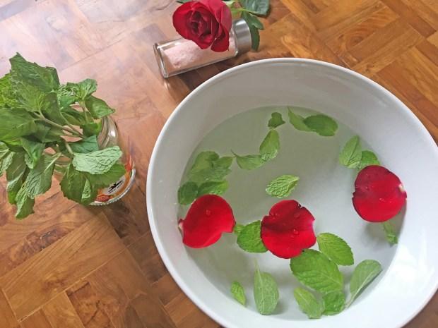 bain de pied rituel detente aux plantes