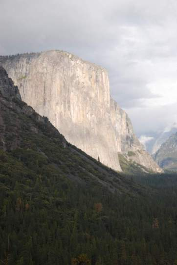 Yosemite-TunnelView-ElCap-YExplore-DeGrazio-Feb2014