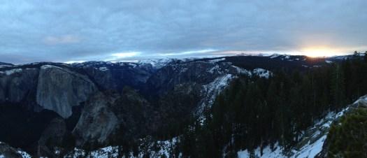 Yosemite-ClarkRange-Sunrise-YExplore-DeGrazio-DEC2014