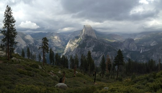 Yosemite-HalfDome-Panorama-YExplore-DeGrazio-MAY2015