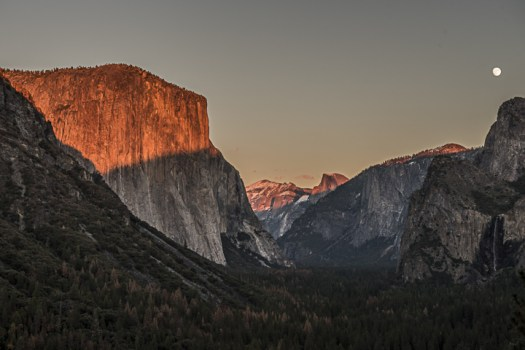 Yosemite-TunnelView-YExplore-DeGrazio-NOV2015