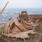Giant Guan Yu being constructed