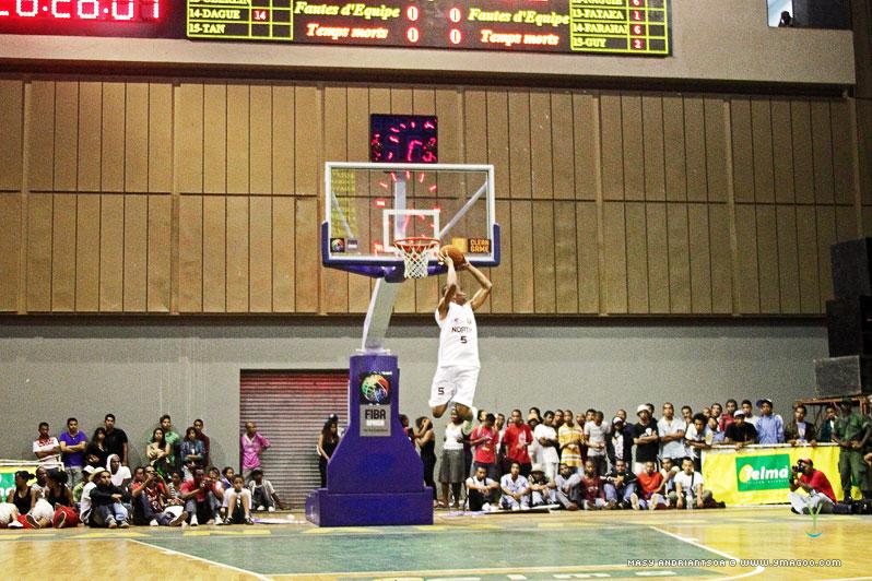 0179_dunk_10.10.31.20.31.19 Concours de dunk Allstar Gasy