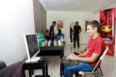 0011_Tournoi_Street_Fighter-V Week-end de jeu de baston chez Ymagoo
