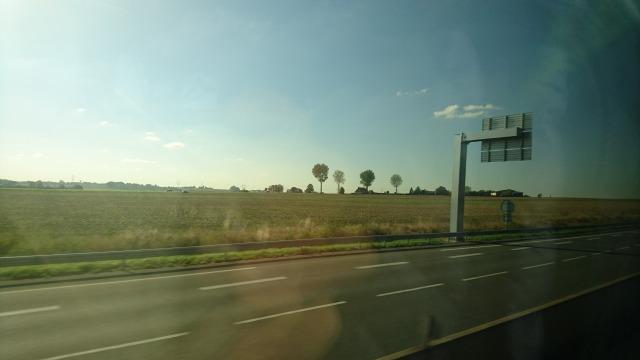 s_フランスの田園風景.JPG