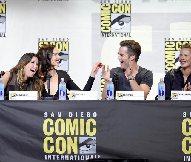 The Wonder Woman Cast At Comic Con Photo Epa