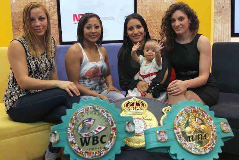 """Las campeonas mundiales de boxeo, Zulina """"Loba"""" Muñoz, Anabel """"Avispa"""" Ortíz, Esmeralda """"Joya"""" Moreno y Yéssica González festejan cada año el Día Internacional de la Mujer."""