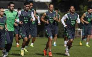 México continúa su preparación y Herrera no da indicios del sustituto de Vázquez. EFE