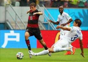 Alemania y EE.UU. a octavos, Portugal, pese a ganar con gol de CR7, fuera. EFE