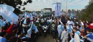 """Argentina recibe """"orgullosa"""" a su selección. EFE"""