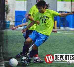 Deportivo Lupita líderes en Chicago Futsal Academy High School League