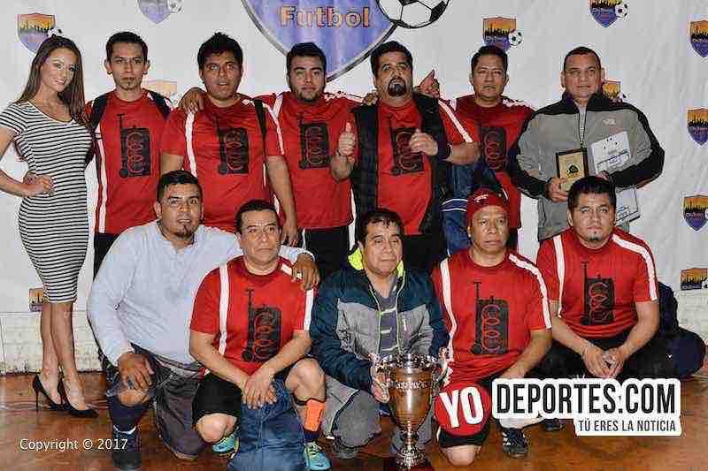 CC Company segundo lugar en veteranos Chitown Futbol