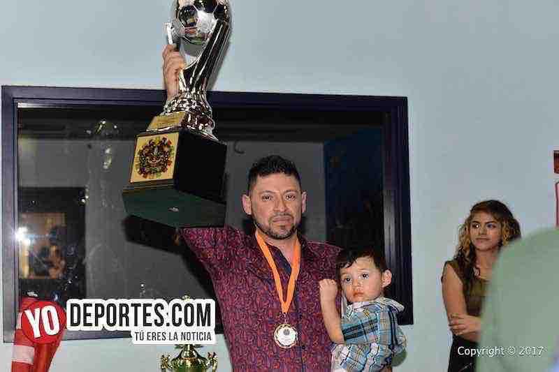 Cesar Salas coach de La Joya campeones Liga Azteca-Chicago