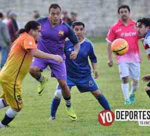 Veteranos Monarcas pierden con Deportivo Industria en la liga Victoria Ejidal