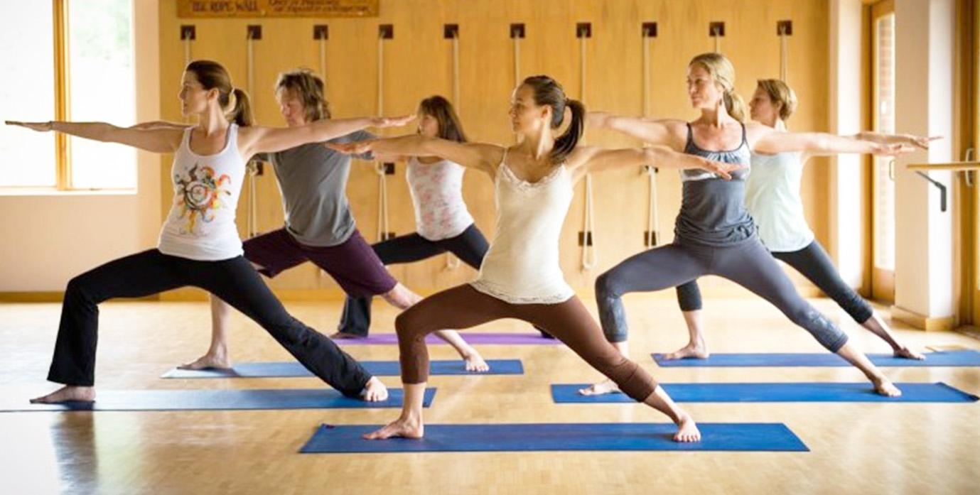 該如何挑選適合自己的瑜珈課程? – Yoga Asia 亞洲瑜伽