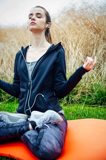 Nada yoga technique