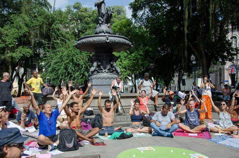 yoga-de-rua-25.jpeg?fit=783%2C518&ssl=1