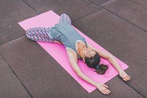 yin yoga Yogaflow Brielle Danielle Niesten