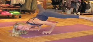 hanna-web-yoga-teacher-athleta-designer