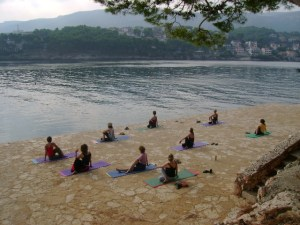 Suncokret Beach Yoga