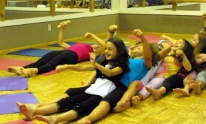 rainbow-kids-yoga-jen-g-1