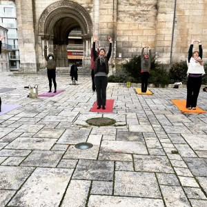 108 salutations au soleil d'Angoulême