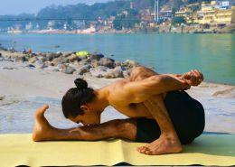 - Yoga y Viajes - Asanas de Yoga