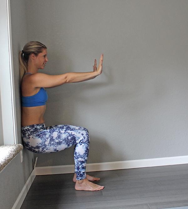 squat-wall-assist