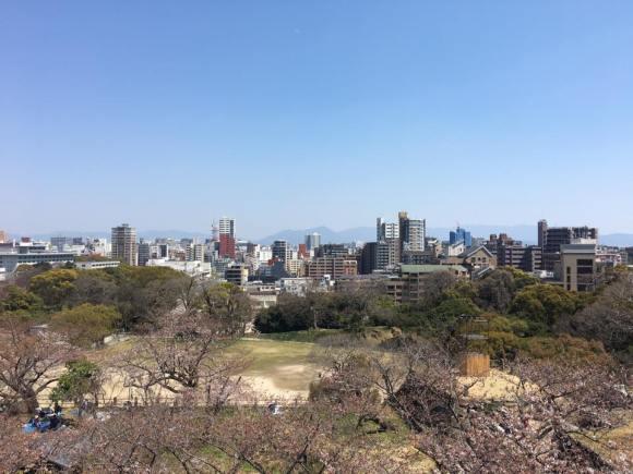 福岡城大天守台跡より天神方向を臨む
