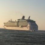 MARINER OF THE SEAS博多港を出港
