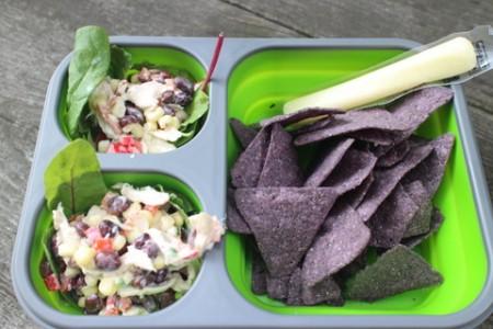メキシカンサラダとトルティーヤチップス