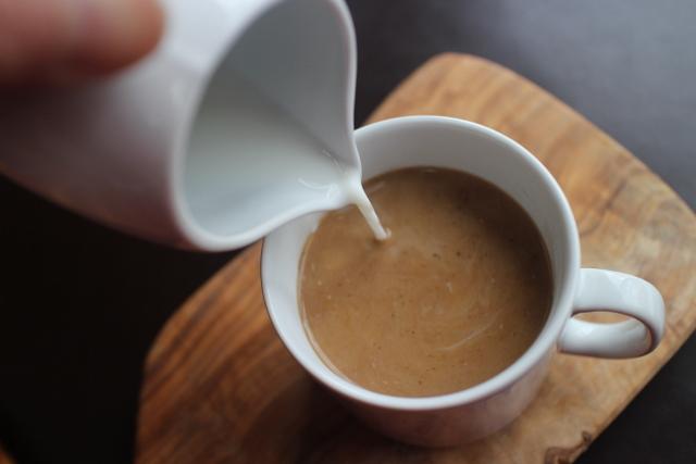 チコリー入りコーヒー(カフェオレ)