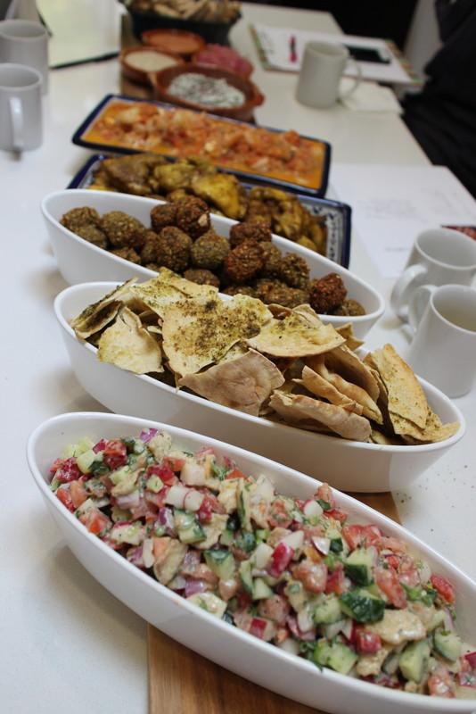 エスニック料理:地中海バル風小皿料理