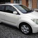 Toyota IST1