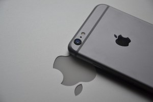 iphone-563067_640