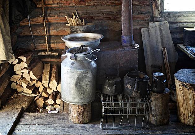 Namai apšildomi krosnelėmis - buržuikomis. Nuotr. Alex Saurel