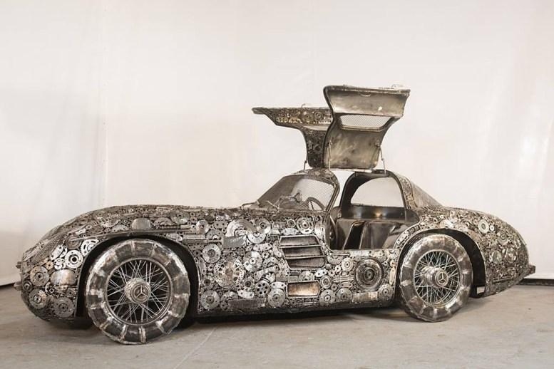 is-savartyne-surinktu-metalo-atlieku-atkurti-realaus-dydzio-superautomobiliai-7