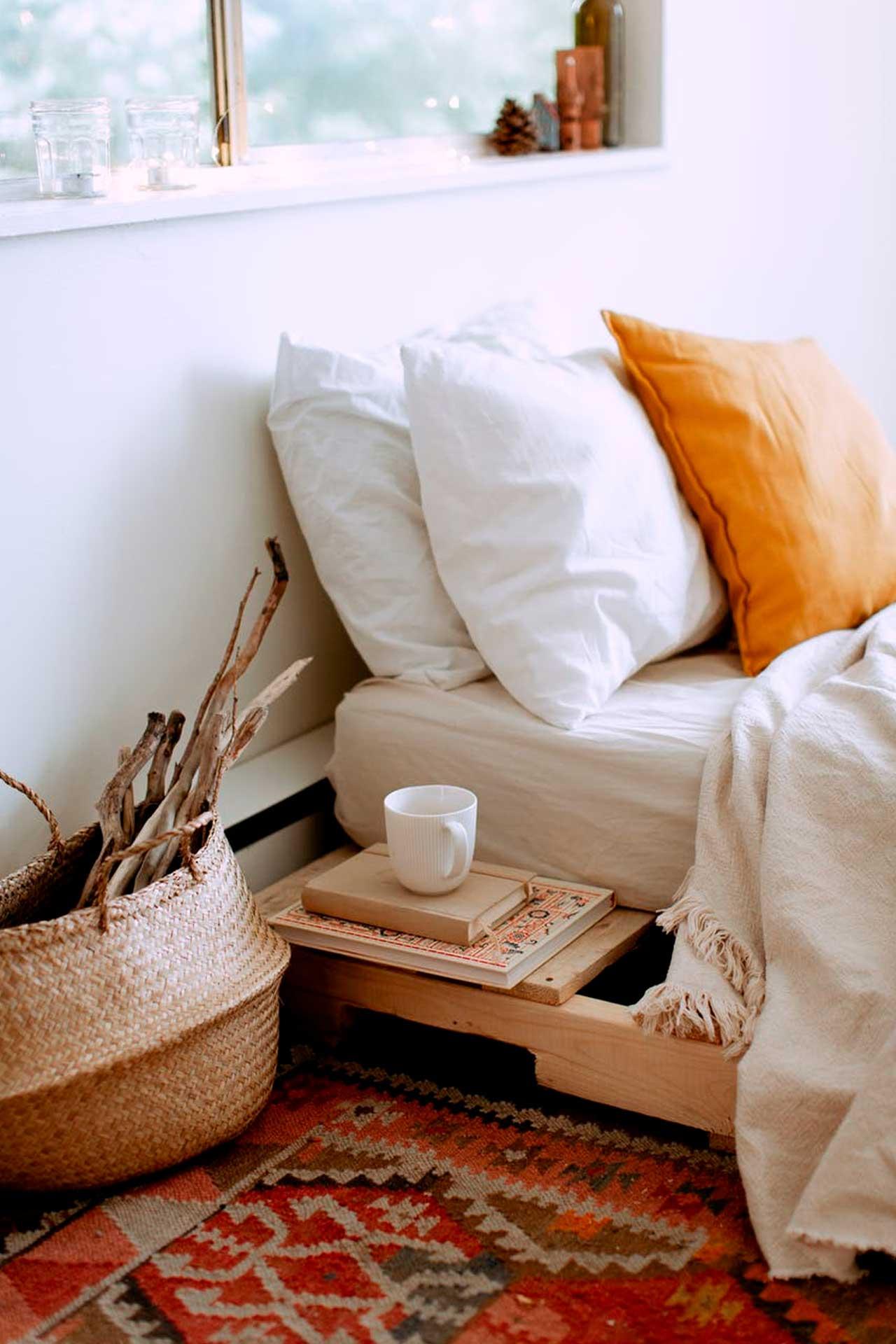 Muebles de madera clara