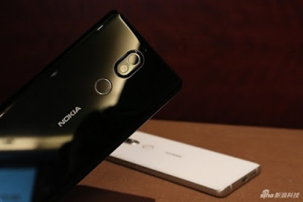 Black pictures of nokia 7